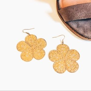 Forever 21 - Gold Flower Earrings